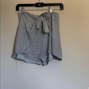 Vici plaid rap tie shorts.